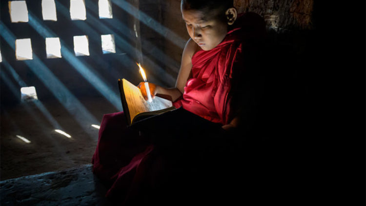 Novice Monk in Myanmar: A way of life to photograph