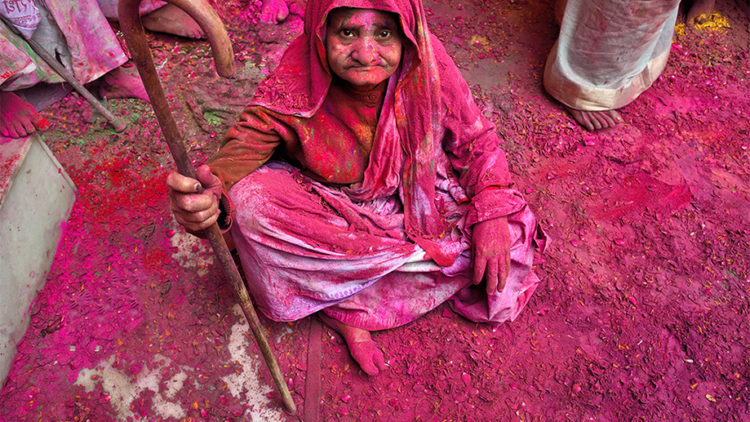 Widows of Vrindavan and Holi: The Connection!